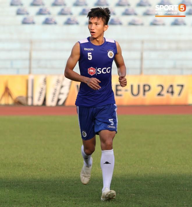 Quang Hải bị quá tải sau Kings Cup, được HLV trưởng Hà Nội FC đặc cách khi về tới Việt Nam - Ảnh 13.