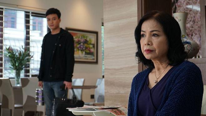Điều ít biết về mẹ chồng tương lai của Hoàng Thùy Linh trong 'Mê cung' - Ảnh 2.