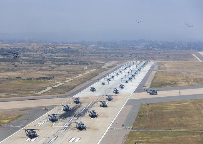 Màn biểu dương lực lượng hoành tráng của Không quân Thủy quân lục chiến Mỹ - ảnh 5