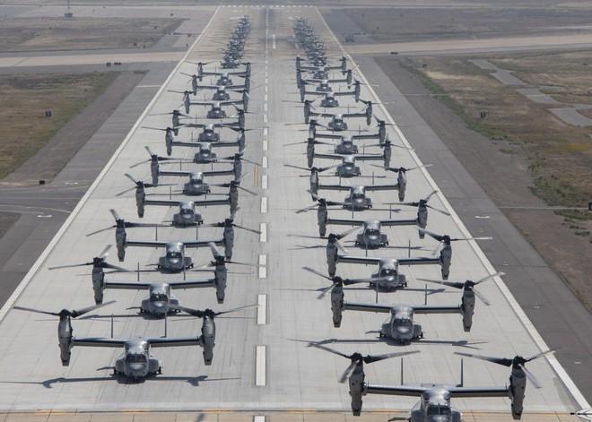 Màn biểu dương lực lượng hoành tráng của Không quân Thủy quân lục chiến Mỹ - ảnh 1