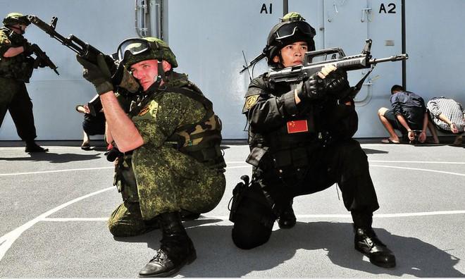 Quân sự Nga-Trung: Gấu Nga và Đảo thế giới có bị nuốt chửng bởi Rồng Trung Quốc? - Ảnh 4.