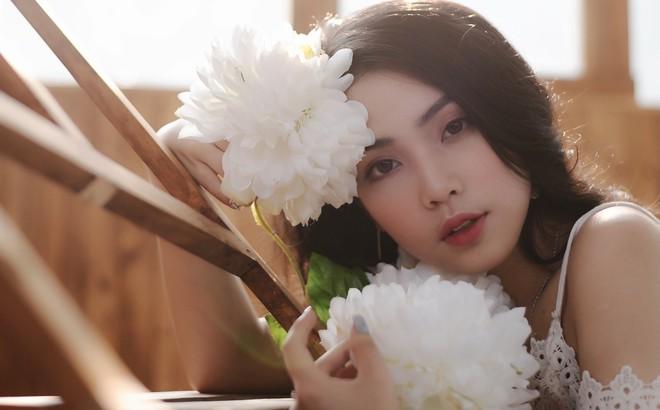 Nhan sắc xinh đẹp của nữ ca sĩ KALYN - học trò Dương Hoàng Yến