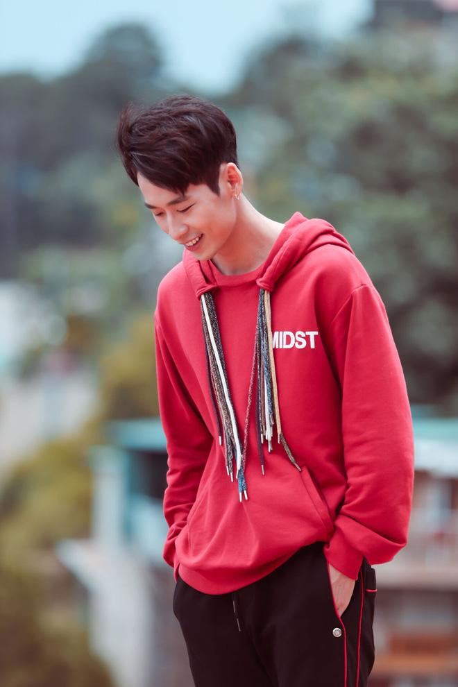 Người tình Hari Won chi hơn 200 triệu để mua sắm quần áo cho vai diễn mới - Ảnh 4.