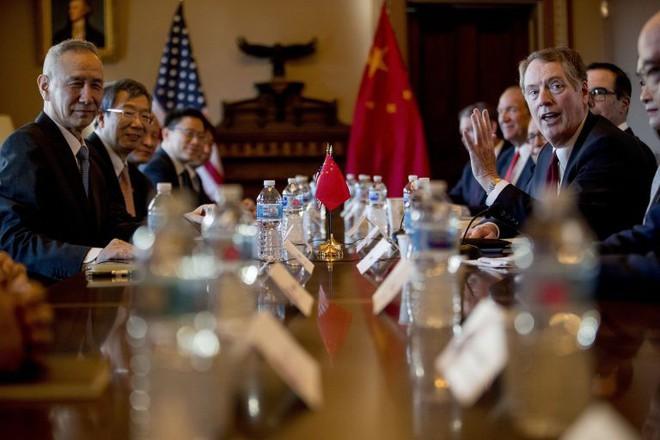 Mỹ sắp tung 2 cú đấm sấm sét, Trung Quốc sẽ càng đơn thương độc mã? - Ảnh 2.