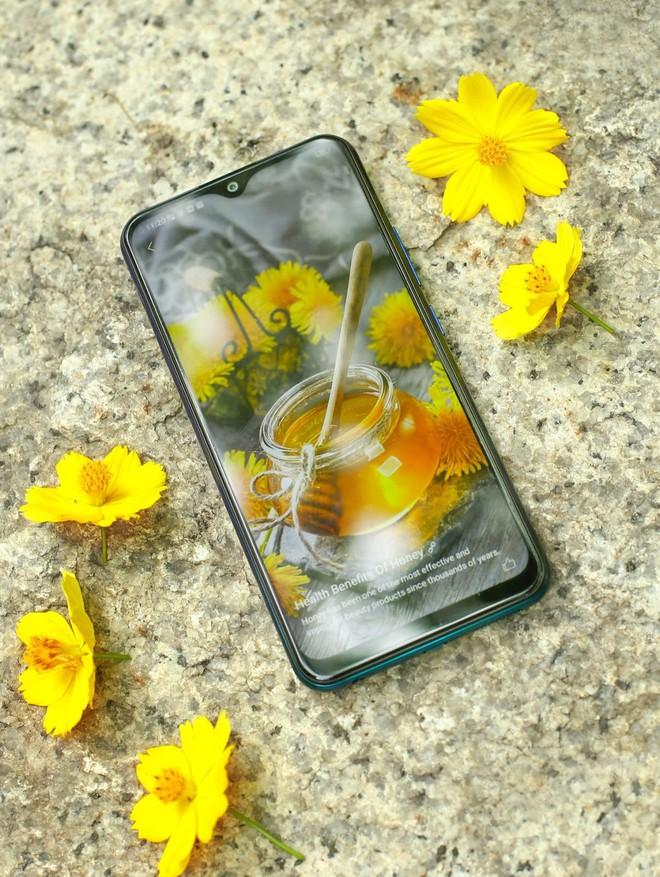 """Cuối tuần làm gì mà không """"săn"""" smartphone Vivo mới nhất, giá hấp dẫn tại Thế Giới Di Động - Ảnh 3."""