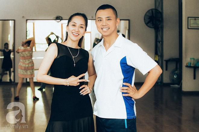 Chuyện tình chị - em showbiz Việt - người ít cũng phải kém 1 thập kỷ: Khi tình trẻ sẵn sàng làm chỗ dựa cho người phụ nữ trải qua nhiều giông bão - Ảnh 11.
