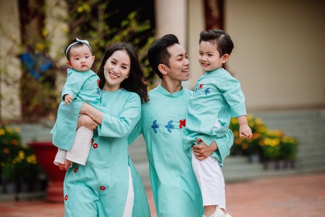 Những chuyện tình chị - em nổi tiếng trong showbiz Việt - ảnh 12