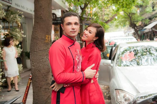 Toàn cảnh lễ ăn hỏi tại nhà phố cổ của siêu mẫu Phương Mai và chồng Tây gia thế khủng  - Ảnh 15.