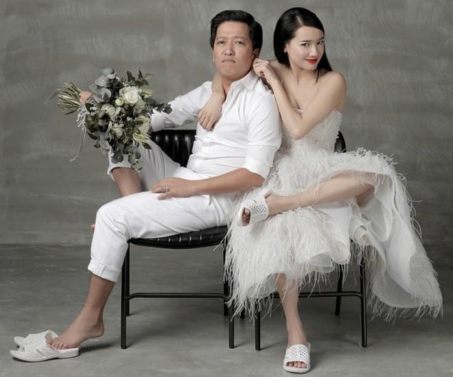 Sao Việt giàu sụ vẫn nghiện dép tổ ong 'huyền thoại' hơn hàng hiệu - ảnh 3