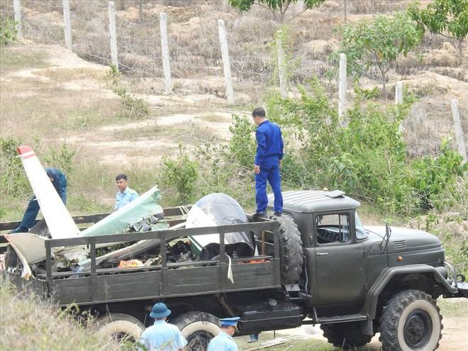 Máy bay quân sự rơi ở Khánh Hòa, 2 phi công hy sinh - Ảnh 4.