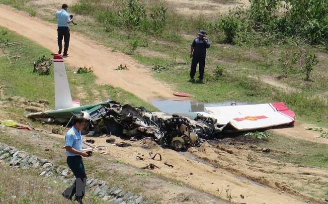 Người dân đi làm rẫy kể lại thời điểm phát hiện máy bay rơi và kéo phi công ra ngoài