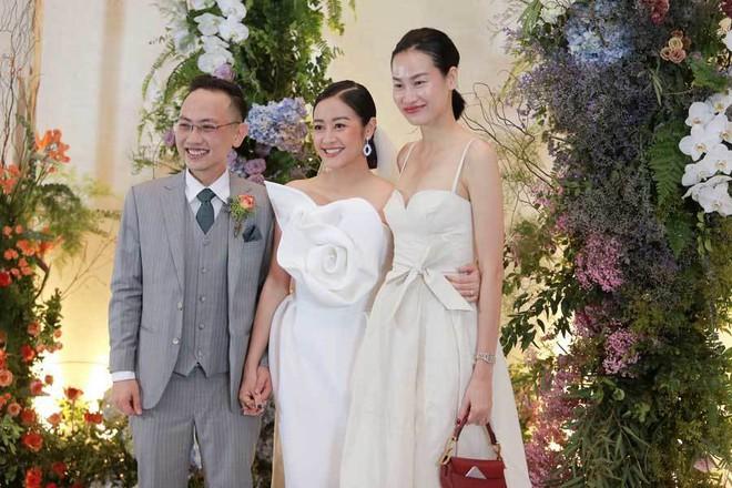 Biên tập viên VTV tiết lộ chuyện tình với MC Phí Linh trong lễ cưới - Ảnh 4.