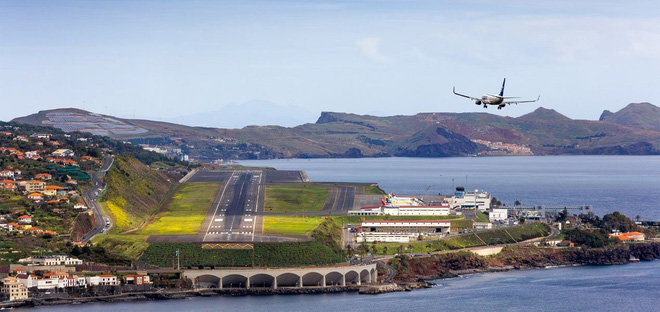 9 sân bay tọa lạc ở nơi chênh vênh hiểm trở như tận cùng thế giới, vị trí thứ 8 mang tên Cristiano Ronaldo - Ảnh 17.
