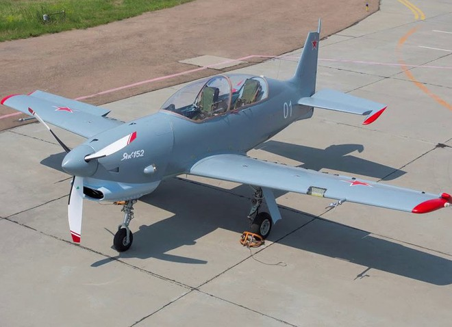 [ẢNH] Yak-152, sự thay thế hoàn hảo cho lão tướng Yak-52 - ảnh 4