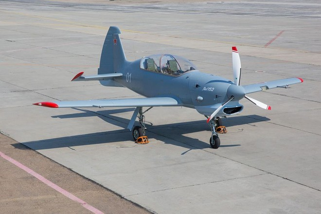 [ẢNH] Yak-152, sự thay thế hoàn hảo cho lão tướng Yak-52 - ảnh 10