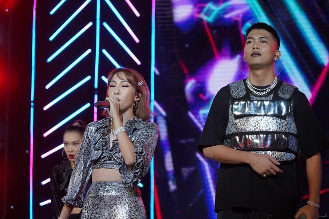 Khán giả thích thú khi Mỹ Tâm ngẫu hứng hát tiếng Hàn - Ảnh 9.