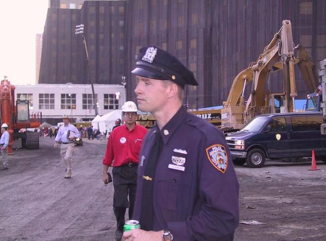 Tang thương ngày 11/9: Ảnh hiếm về sự kiện khủng bố Mỹ chưa từng công bố - ảnh 8