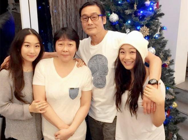 Ảnh đế Lương Gia Huy nói về cuộc hôn nhân 32 năm và danh hiệu người đàn ông tốt nhất showbiz - ảnh 3