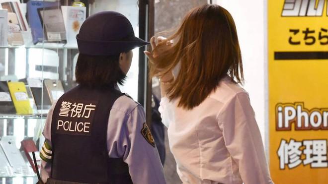 Dịch vụ hẹn hò nữ sinh mặc váy ngắn: Vỏ bọc hoàn hảo cho ngành công nghiệp tình dục ở Nhật Bản - Ảnh 5.