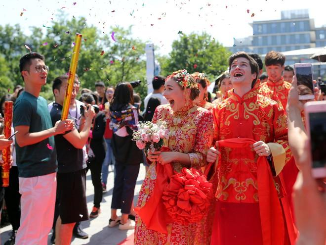 Ali Day: Lễ kết hôn tập thể do CEO Alibaba Jack Ma làm chủ hôn - Ảnh 17.