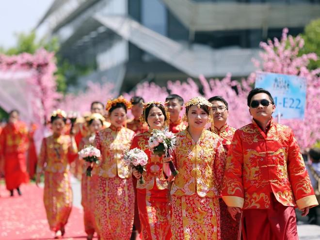 Ali Day: Lễ kết hôn tập thể do CEO Alibaba Jack Ma làm chủ hôn - Ảnh 7.