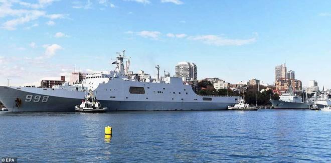 Tàu chiến TQ bất ngờ ghé cảng Sydney, dân Australia ngỡ ngàng - ảnh 1