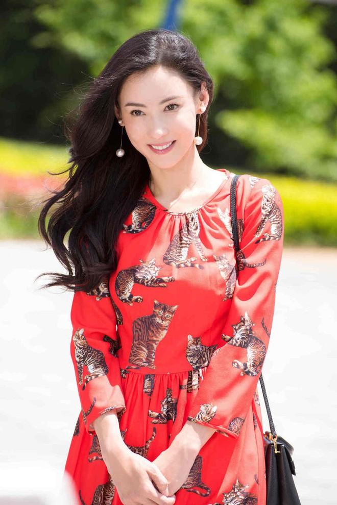 Trương Bá Chi chính thức lên tiếng sau khi bị mẹ đỡ đầu chỉ trích là kẻ nói dối thành nghiện - Ảnh 1.