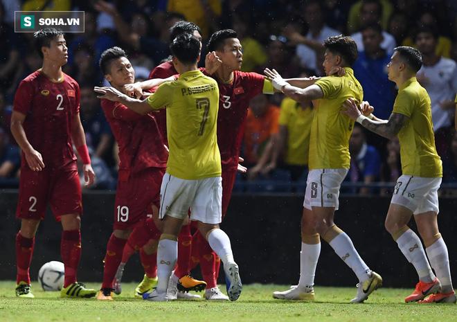 Thua Việt Nam mới chỉ là sự bắt đầu cho thảm họa của Thái Lan ở Kings Cup? - Ảnh 2.