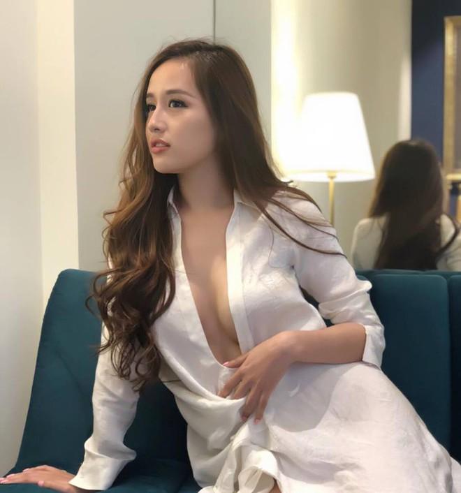 Loạt hình ảnh gợi cảm của Mai Phương Thúy  - Ảnh 6.
