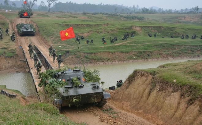 Lữ đoàn xe tăng 206: Nắm đấm thép của Quân khu 4 trên miền Tây xứ Nghệ - Ảnh 2.