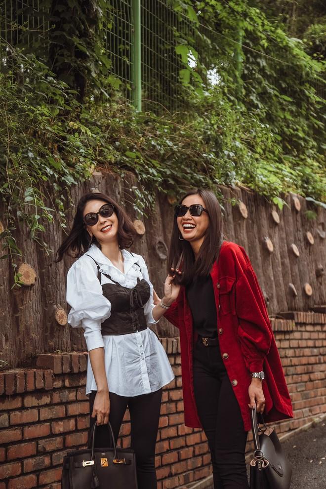Hoa hậu Hà Kiều Anh, Dương Mỹ Linh và hội bạn thân gây náo loạn đường phố Hàn Quốc - Ảnh 7.