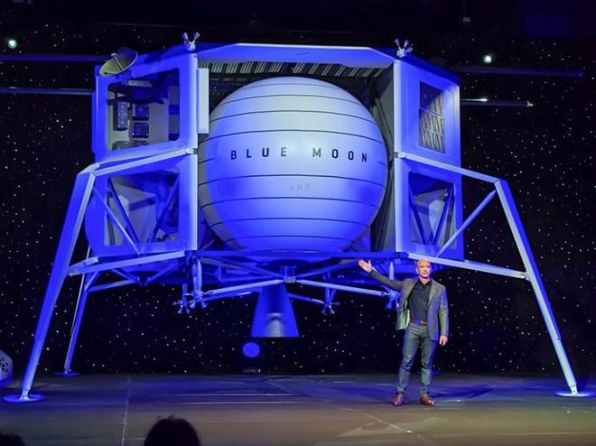 Mục đích cao cả của Jeff Bezos khi muốn thuộc địa hóa Mặt trăng: Để cứu Trái đất - Ảnh 1.