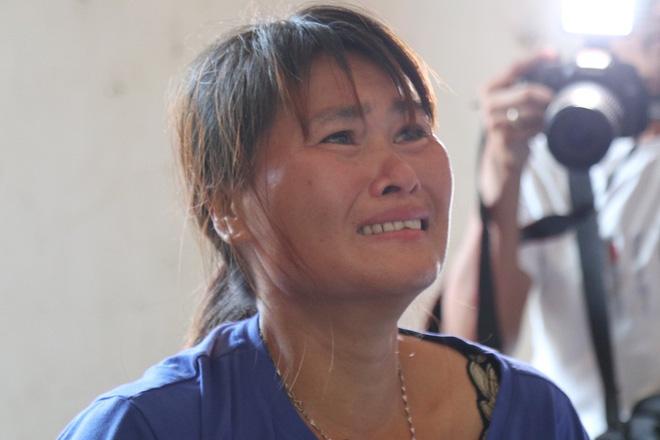 Giây phút trùng phùng của người phụ nữ bị bán sang Trung Quốc 24 năm mới trở về - Ảnh 3.