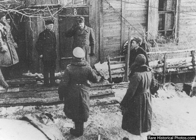 Ảnh hiếm về phát xít Đức trong trận Stalingrad - ảnh 17