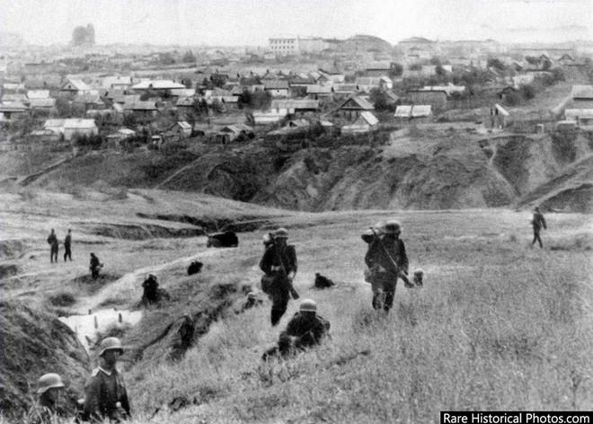 Ảnh hiếm về phát xít Đức trong trận Stalingrad - ảnh 2