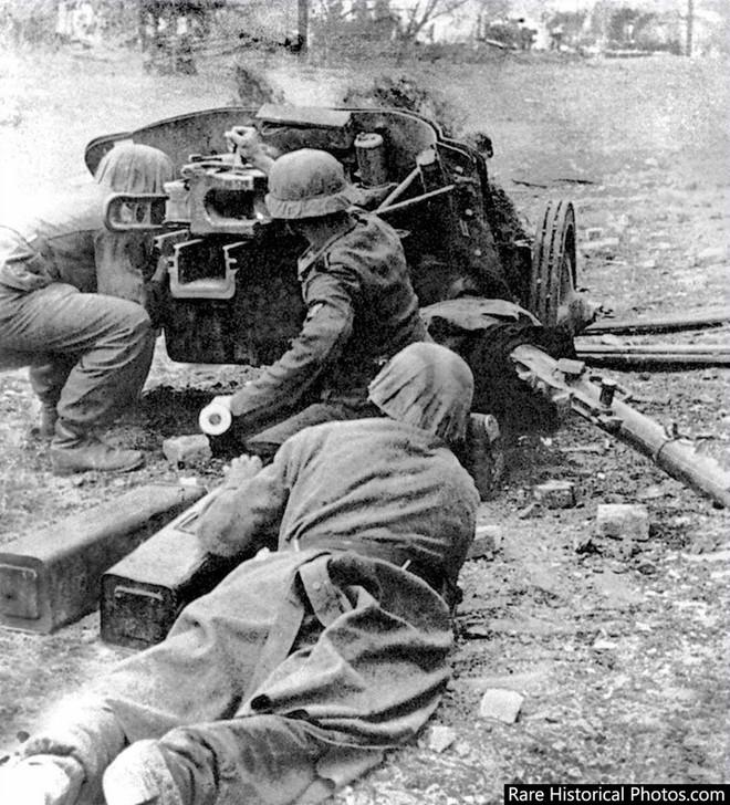 Ảnh hiếm về phát xít Đức trong trận Stalingrad - ảnh 3