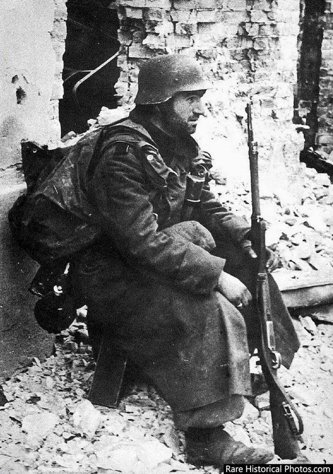 Ảnh hiếm về phát xít Đức trong trận Stalingrad - ảnh 9