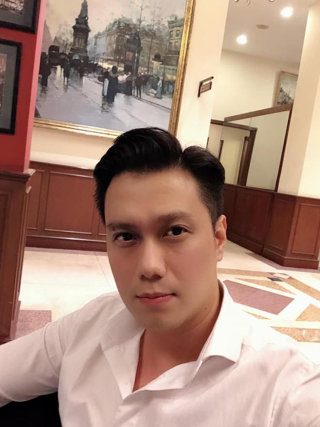 Hậu ly hôn lần 2, Việt Anh hút mỡ má, làm mũi và cằm khiến gương mặt khác hẳn? - Ảnh 4.