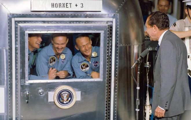 5 thời khắc kinh hoàng nhất trong sứ mệnh đổ bộ Mặt Trăng vĩ đại của Mỹ - Ảnh 6.