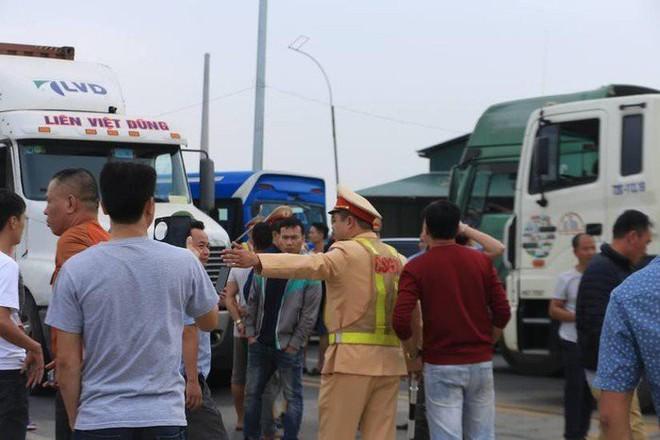 Hà Văn Nam đi tù vì gây rối tại trạm BOT: Ham mê nổi tiếng hư danh mà người thân phải khổ - Ảnh 1.