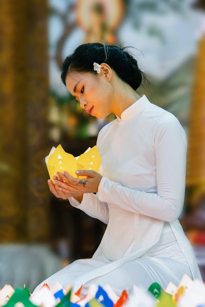 Đồng Lan ra mắt ca khúc tặng mẹ ngày lễ Vu lan - Ảnh 3.