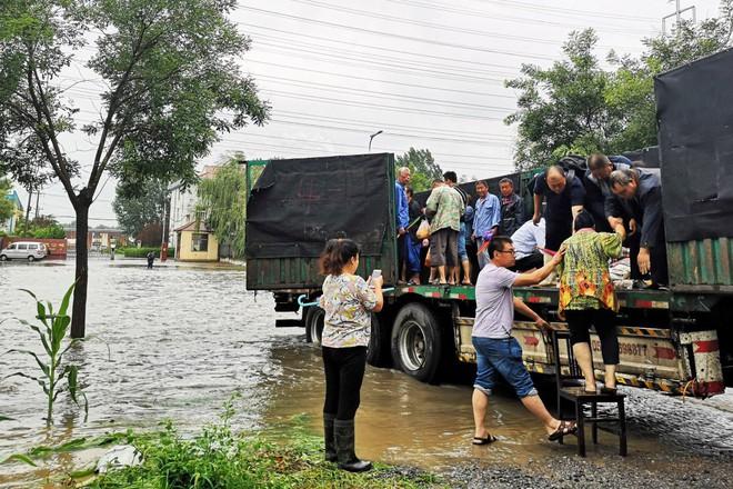 Ông lớn công nghệ Trung Quốc nhỡ loan tin bão Lekima quét sạch gần hết dân số tỉnh Sơn Đông - Ảnh 1.