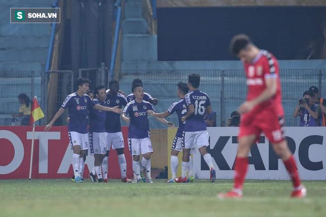 """Tấn Trường mắc lỗi khó hiểu, Bình Dương """"tự sát"""" trước Hà Nội FC ở trận chung kết lịch sử - Ảnh 3."""