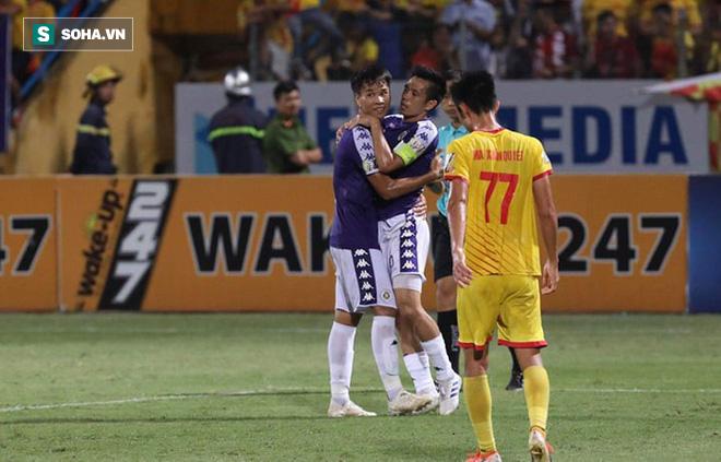 Hà Nội FC hủy diệt đối thủ ngày cảnh tượng hãi hùng lấn át cơn mưa bàn thắng ở Hàng Đẫy - Ảnh 5.
