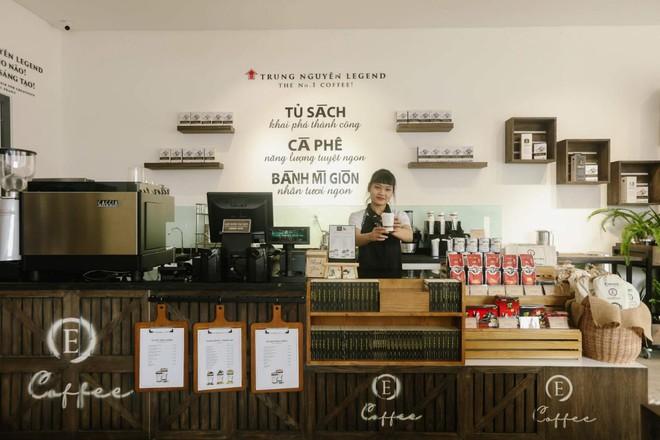 Làn sóng cửa hàng Trung Nguyên E-Coffee với phí nhượng quyền 0 đồng - Ảnh 4.