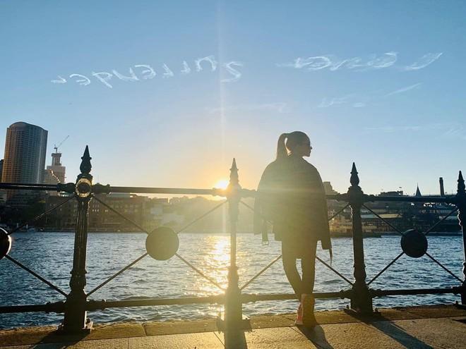 Màn tỏ tình gây sốt của Châu Kiệt Luân với vợ 9X: Thuê hẳn máy bay viết chữ lên trời - Ảnh 1.