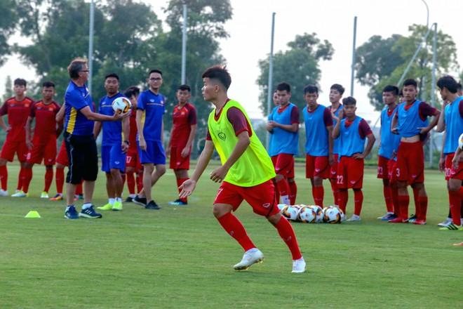 Đối đầu Thái Lan, Hàn Quốc, HLV tầm World Cup của Việt Nam có trợ lực khủng hơn thầy Park - Ảnh 1.