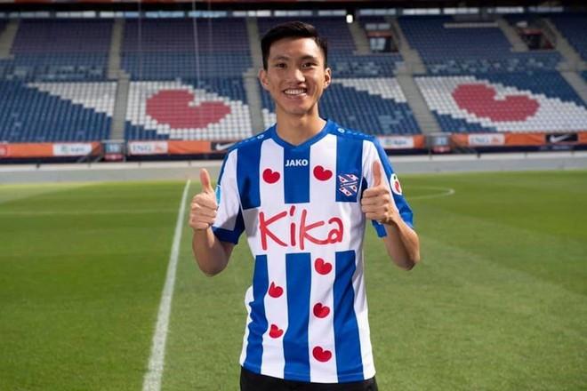 Tiết lộ: Trước khi đem về Đoàn Văn Hậu, SC Heerenveen từng nói không với hậu vệ Man United - Ảnh 2.