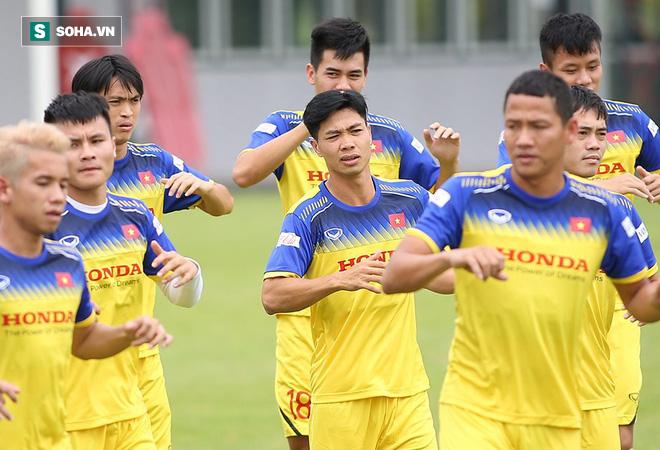 Trước giờ đại chiến, cựu sao Thái Lan muốn đưa 3 cầu thủ HAGL về đội Á quân Thai.League - Ảnh 2.