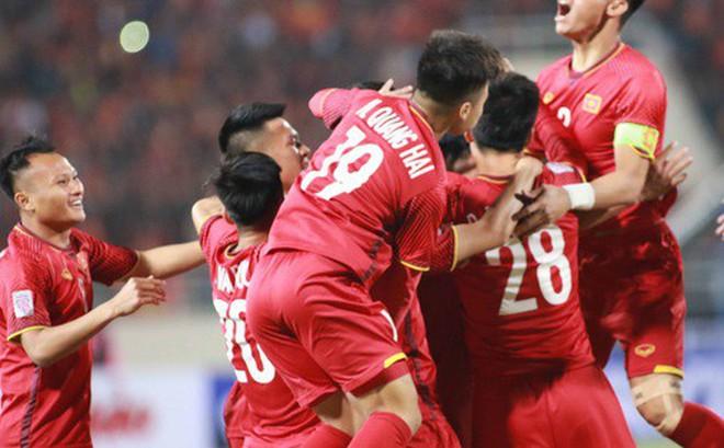 Làm gì để bóng đá Việt Nam đạt đẳng cấp châu Á: Chuyên nghiệp hóa cung cách quản lý